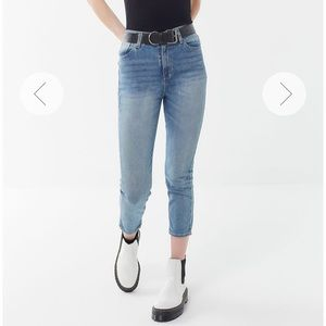 NWT BDG High Rise Girlfriend Jean Light Med Wash